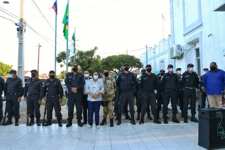 Governadora dá boas-vindas aos 110 novos militares do Alto Oeste